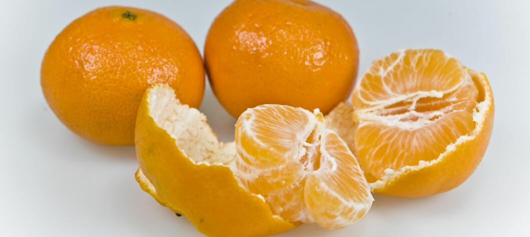 <strong>KAN UTLØSE ALLERGISKE REAKSJONER:</strong> Mange med gresspollenallergi reagerer på sitrusfrukt, som det er mye av i julen. Typiske reaksjoner på sitrusfrukt er kløe og hevelse på lepper og i munnen og svelget. Foto: Per Ervland