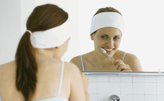 <strong>Enkelt og greit:</strong> puss tennene to ganger om dagen. Foto: colourbox.com
