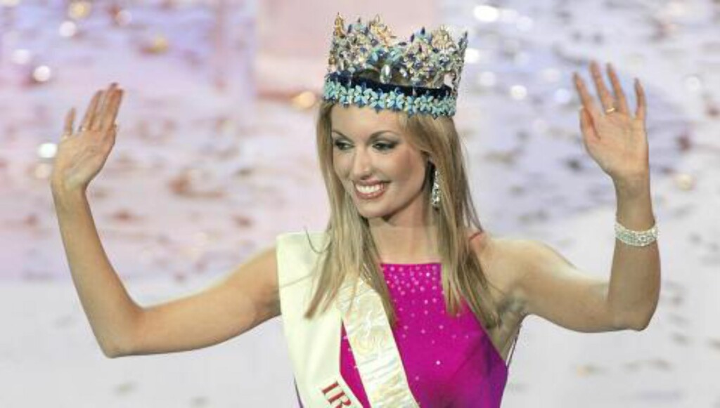 MISS WORLD: Rosanna Davison etter å ha blitt kronet som Miss World tilbake i 2003. Foto:  AFP PHOTO/Frederic J. BROWN