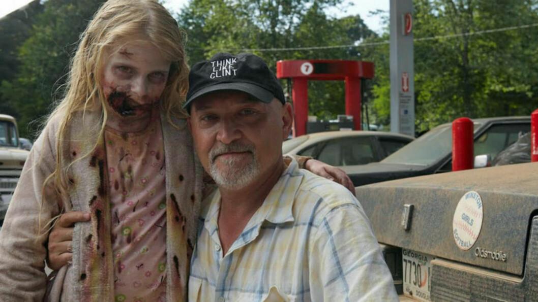 <strong>SAKSØKER AMC:</strong> Regissør Frank Darabont føler seg snytt etter «The Walking Dead»-jobben. Foto: AMC TV
