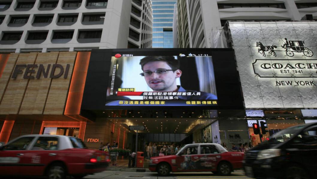 UKLART PROBLEM: «Debatten i kjølvannet av avsløringene til Edward Snowden (bildet), har berørt en rekke aspekter knyttet til forholdet mellom individets frihet og nasjonal sikkerhet. Imidlertid har debattene ofte blandet sammen flere elementer, slik at det blir uklart hvilket problem man står overfor», skriver kronikkforfatteren i sitt forsøk på å rydde opp i diskusjonene. Foto: AP/NTB Scanpix