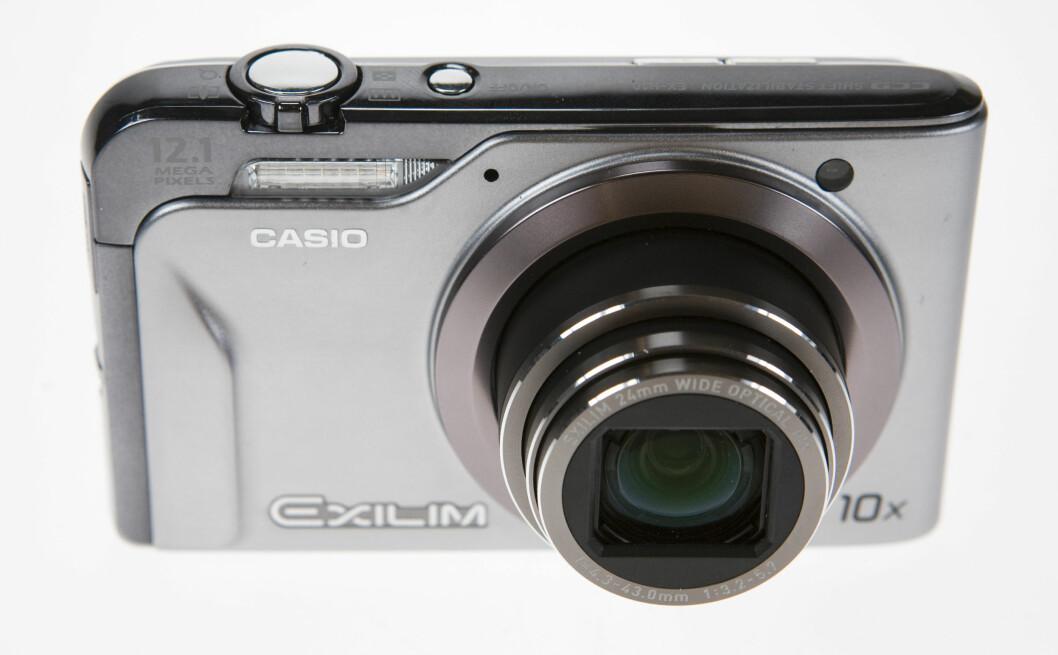 Trippeltest, 25-200mm kompaktkameraer