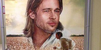image: Chiwetel Ejiofor har hovedrollen i «12 Years a Slave». På den italienske filmplakaten måtte han vike for Brad Pitt.