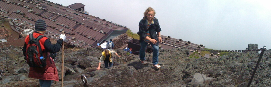 <strong><b>Svevende kaféer:</strong> </b>Vi er over skyene og forbi hustakene på stasjon syv.