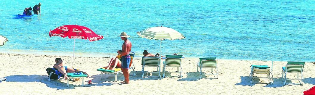 Kypros har 53 strender med blått flagg-kvalitet, og 340 soldager i året. Bilde fra strand i Agia Napa. Foto: Visit Cyprus