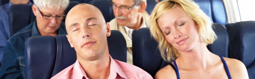 Med noen enkle grep kan du unngå stiv nakke når du våkner fra høneblunden. Foto: colourbox.com