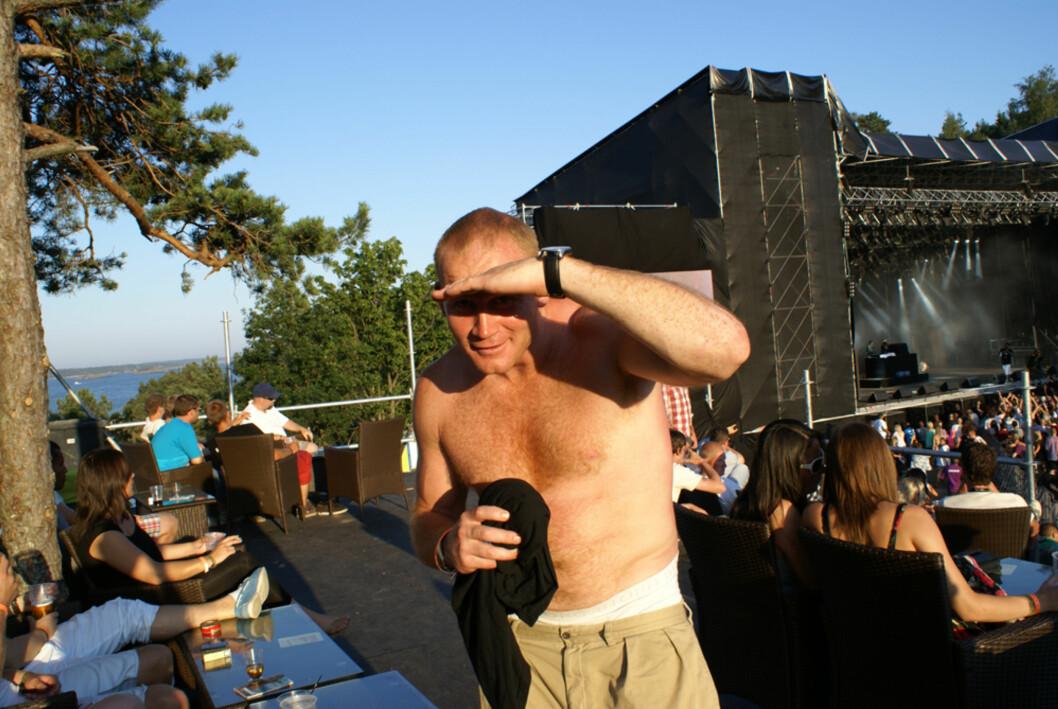 Mektige DJ Herkules var også i strålende humør.