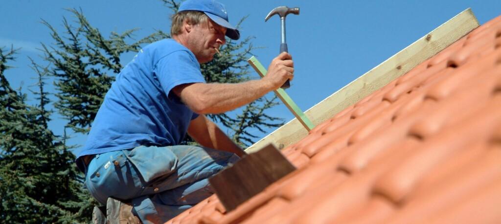 Nye byggeforskrifter skal gjøre huset ditt bedre, sikrere og billigere i drift. Men det blir sannsynligvis dyrere både å bygge og kjøpe nytt. Foto: colourbox.com