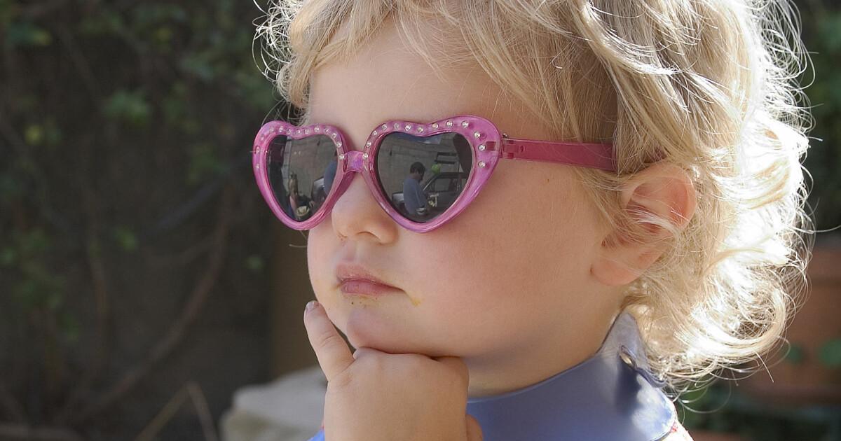 2f73dd61f19c Barn må bruke solbriller - DinSide