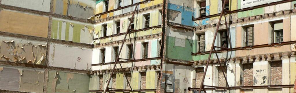 Et rivingsklart hus i Latvias hovedstad Riga. Foto: Viktors Kozers/sxc