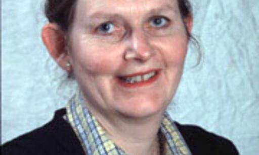 Siri Pettersen Strandenes, professor i samfunnsøkonomi ved NHH, mener at lavprisselskaper som Easyjet og Ryanair har vært dyktige. Foto: NHH