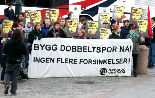 Natur og Ungdom demonstrerte utenfor Stortinget i dag. Foto: Kim Jansson