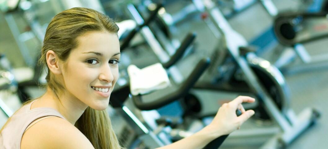 Prestasjonene kan øke med 15 prosent dersom du trener til riktig musikk, viser studie.  Foto: Colourbox