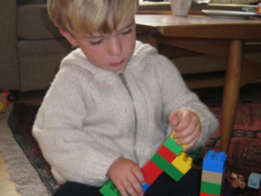 Otto Nordraaks favorittleke er lego. Foto: Maren Synnevåg/DinSide