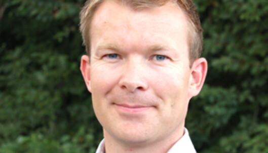 Kommunikasjonsdirektør i SAS, Thomas Midteide, sier at det er helt uaktuelt for selskapet å ta i bruk ekstrakostnader som en måte å finansiere de økte utgiftene på. Foto: SAS