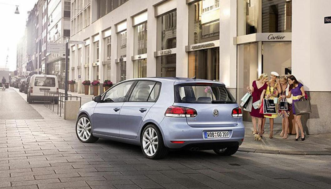 Store bilder av nye Volkswagen Golf