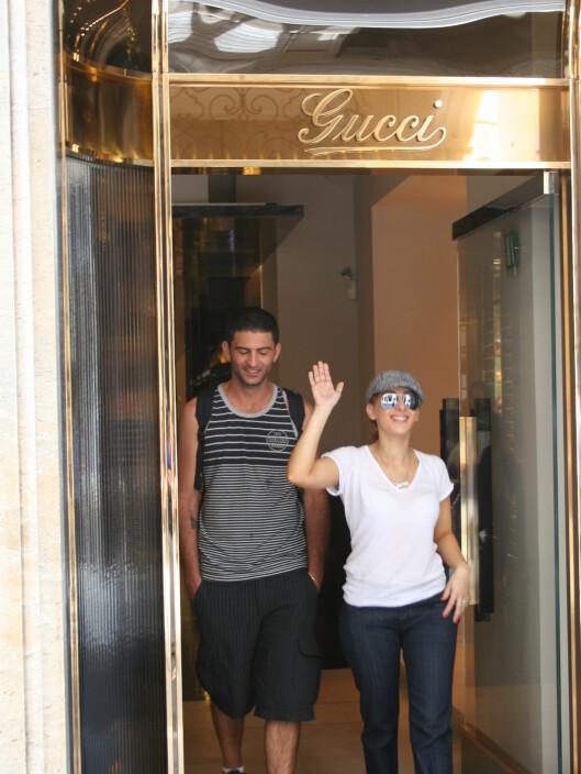 Nei, det er verken Britney Spears eller Madonna... Men i Roma kan alle føle seg som en kjendis.