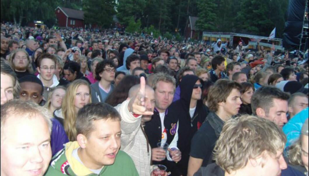 Det var Hova alle kom for å se på Hovefestivalens første dag. Foto: Thomas Marynowski