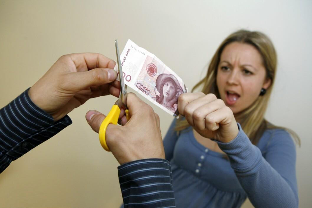 Med pengene i fond har mange kunder fått avkortete sparepengene sine.<br /> <I>Foto: Per Ervlan</i> Foto: Per Ervland