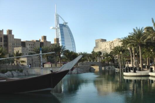 Nydelige Dubai. I bakrunnen sees Burj Al Arab, verdens høyeste hotell. <i>Foto: Ali Alefain</i>