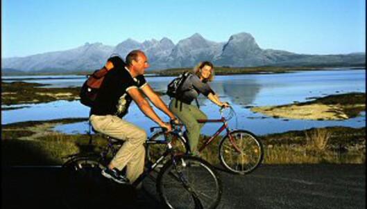 Naturopplevelser uten like langs Helgelandskysten. Foto: Terje Rakke/Nordic Life/Innovasjon Norge
