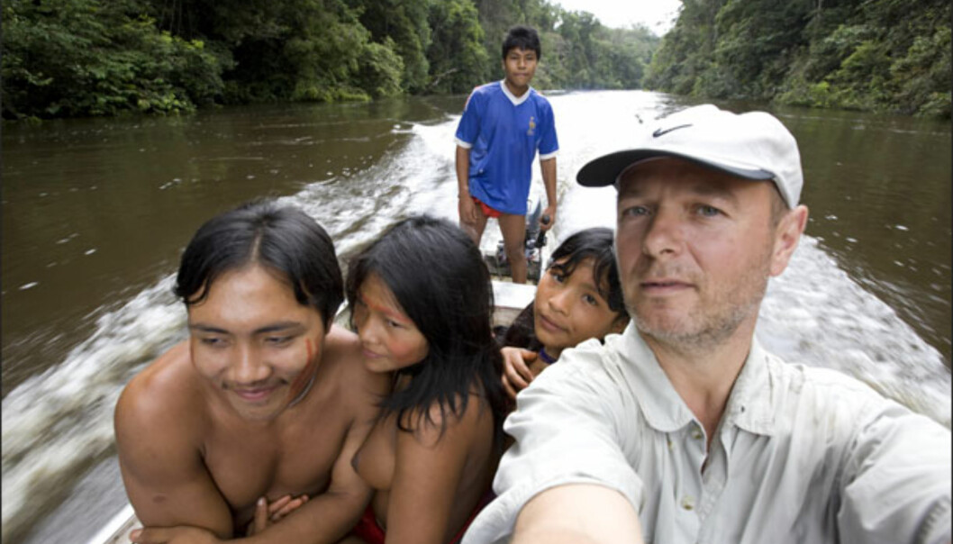 Turen inn og ut av indianernes område gikk blant annet med båt. Foto: Bo Mathisen