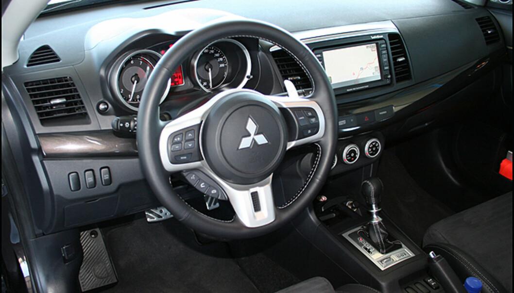 En ultra-GTI, dette??? Temmelig ordinært interiør - men fullt ut funksjonelt.