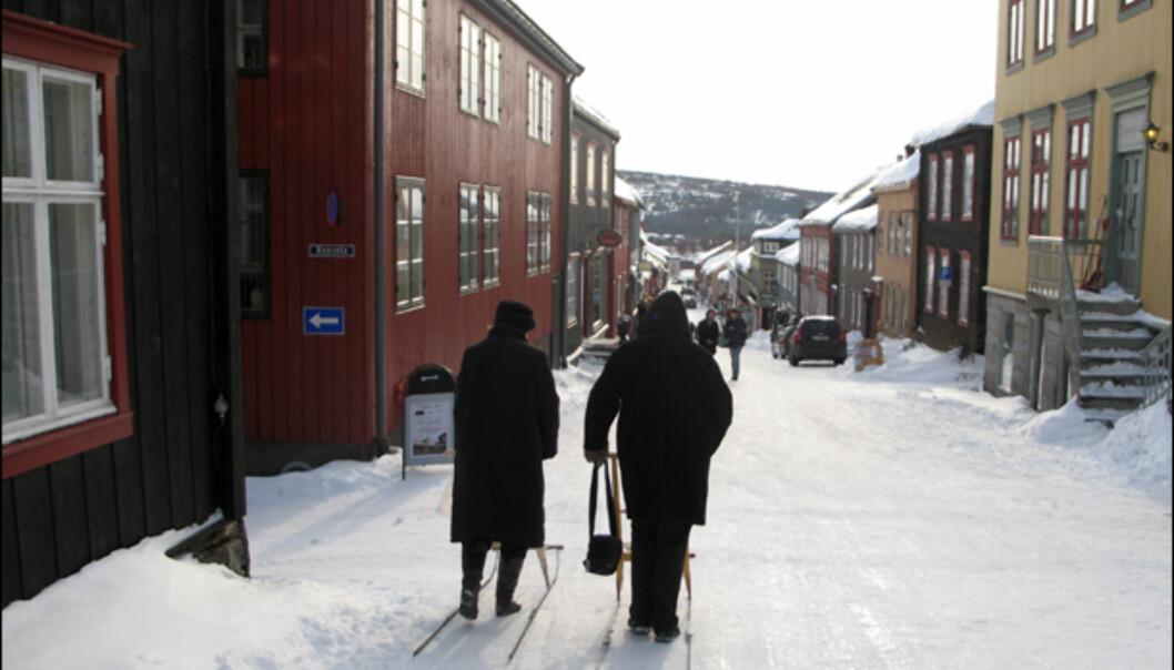 Sparkstøttingen er en naturlig del av bybildet på Røros. Bilde fra Kjerkgata.