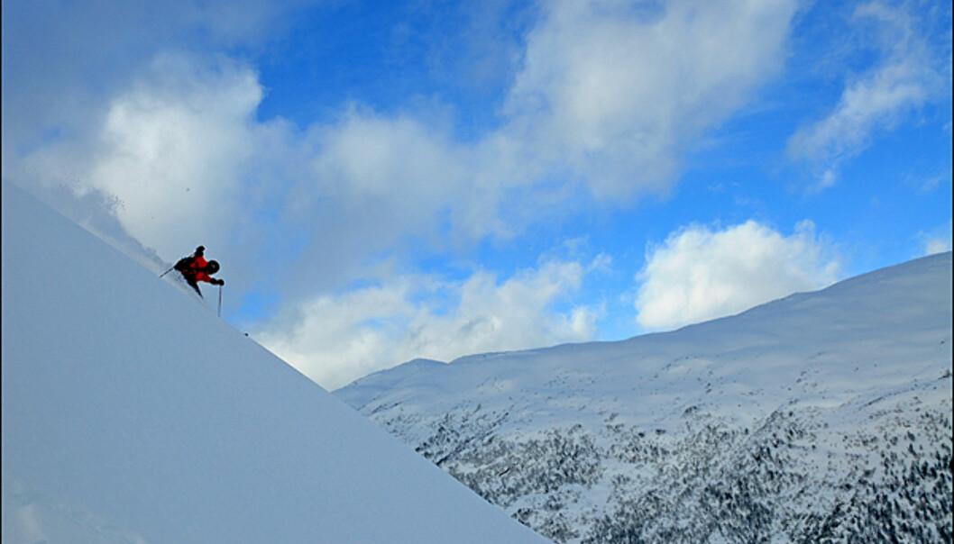 Michael Helgestad nyter tomme fjellsider. <i>Foto: Hans Kristian Krogh-Hanssen</i>