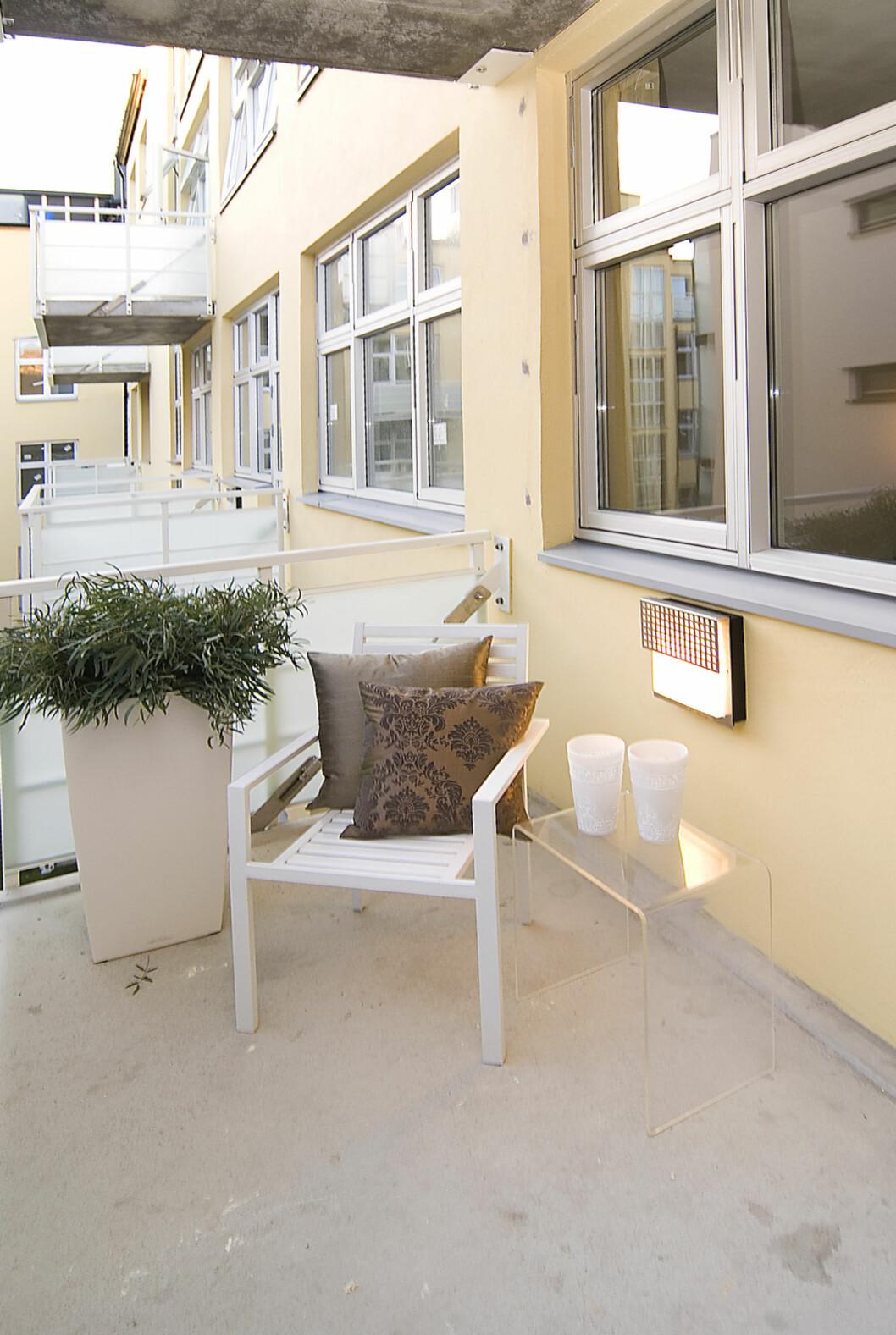 Balkongen stylet av Interior Deal AS. Foto: Foto: Garanti Eiendomsmegling