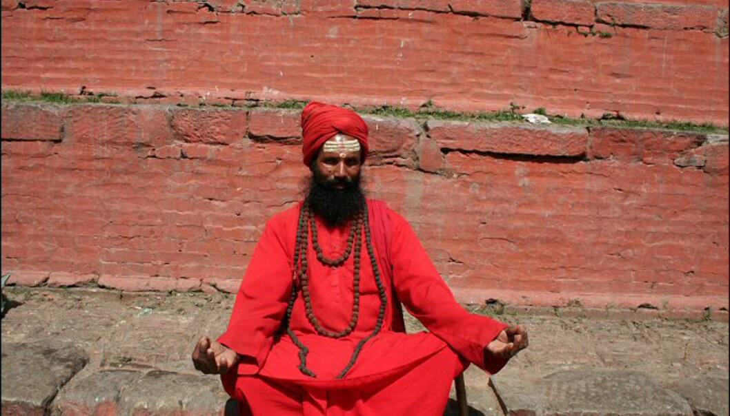 Guruene er nepalesernes åndelige veiledere, og de preger gatebildet i Katmandu. Foto: Vidar Brotnov
