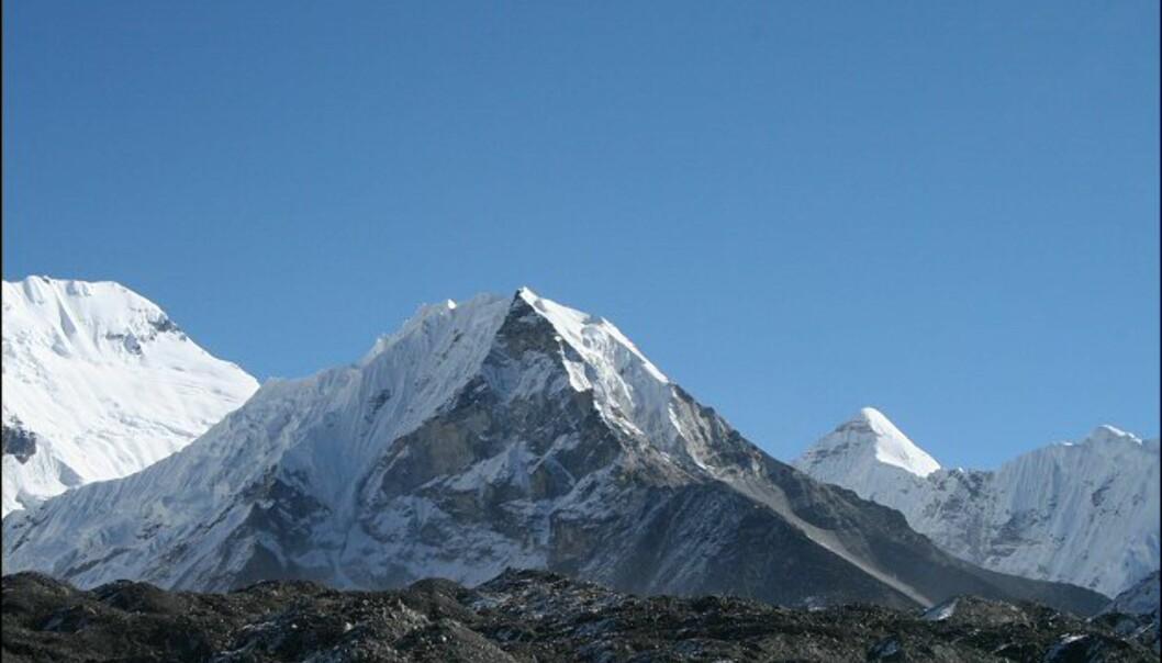 <strong>Målet for turen:</strong> Imja Tse på 6.182 meters høyde. Foto: Vidar Brotnov