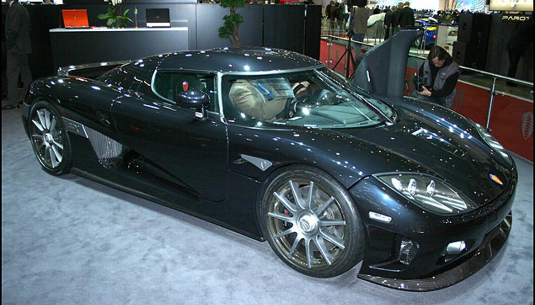 Koenigsegg er selvsagt i Genève. Her med CCX.