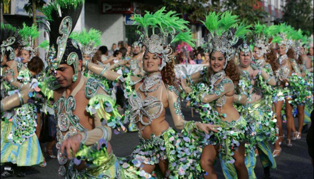 Se nøye på ansiktene ... mikset trupp. Foto: www.lpacarnaval.com