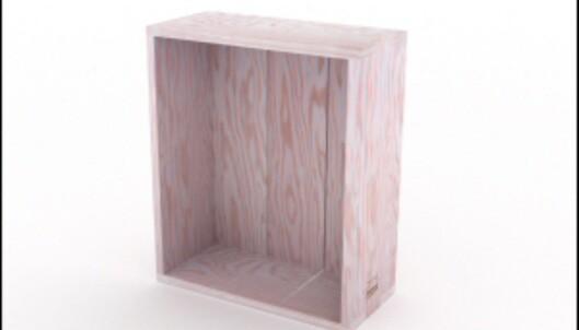 """<strong>KEISERENS NYE KLÆR:</strong> Jasper Morrisons """"Crate"""" skapte stor furore da den ble lansert i 2006. Er det mulig å finne opp hjulet igjen? Kan man selge en trekasse til drøye tusen kroner, bare fordi logoen til en vinprodusent er byttet ut med Established & Sons'? <i>Foto: Produsenten</i>"""