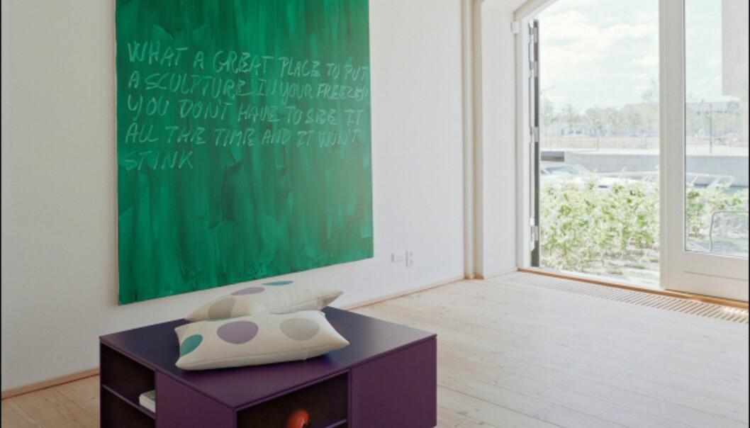 Modulene fra den danske hylleprodusenten Montana kan også settes sammen til frittstående møbler.