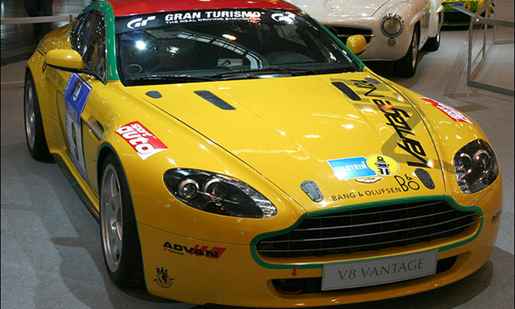 Aston Martin V8 Vantage rigget for racing