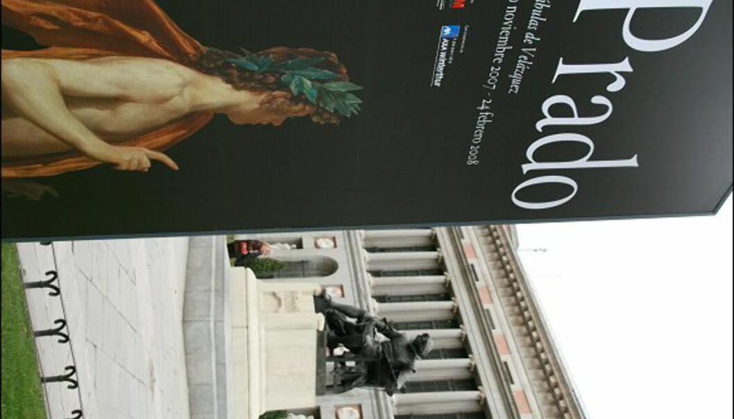 Prado er et av verdens største kunstmuseum, og hit MÅ du når du er i Madrid. Utenfor sitter den spanske maleren Diego Velásquez.