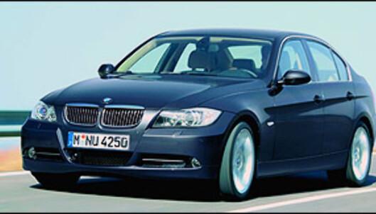 En BMW 330i har et forholdsvis lavt forbruk, men straffes hardt for sin høye effekt