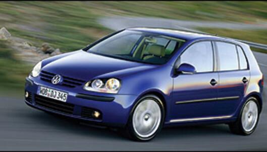 En Volkswagen Golf 1,6 slipper ut mer CO2 enn BMW 330i, men takket være lav effekt slipper den billig unna