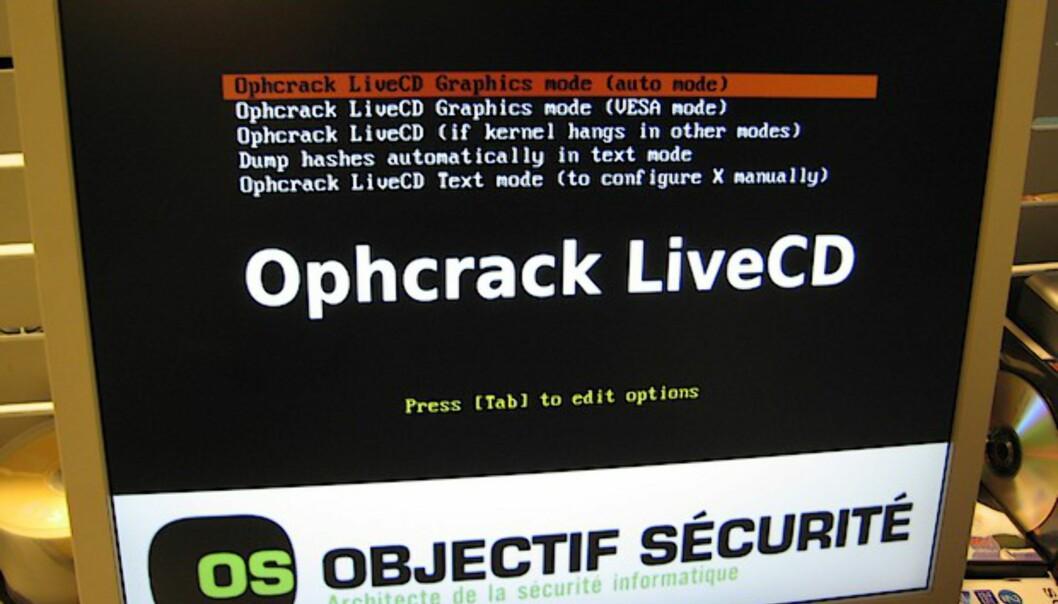 Slik bruker du Ophcrack