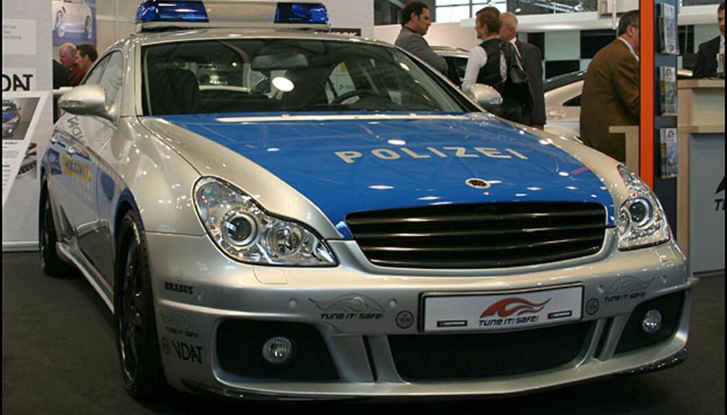 Vi har tidligere omtalt verdens raskeste politibil basert på Mercedes CLS og Brabus-tunet til 730 hk. Toppfart: 350 km/t