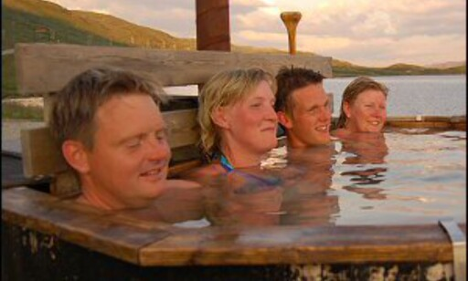 Haukeliseters singelarrangement er populært. Her fra badestampen.  Foto: Haukeliseter