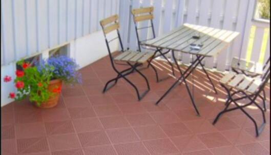 Bergoflooring - gulvbelegg for utendørs bruk, som drenerer bort vannet. <i>Foto: Bergoflooring</i>