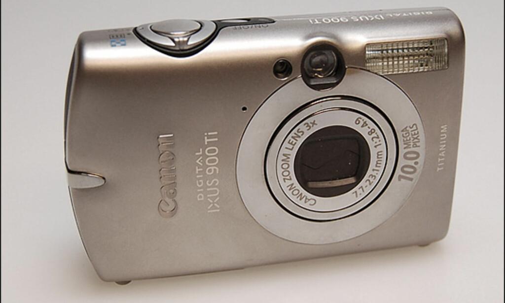 image: Canon Ixus 900 Ti