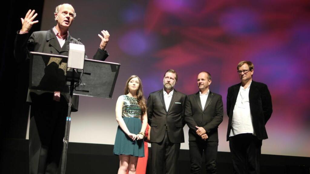 HYLLET: Erik Poppes siste film Tusen ganger god natt ble godt mottatt under verdenspremieren i Canada i natt. Foto: Stine Oppegaard/NFI