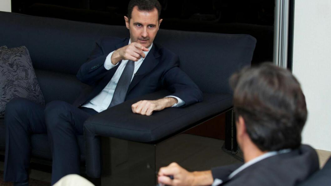 BER OM BEVIS: Syrias president, Bashar al-Assad, går hardt ut mot anklagene om gassangrepet, i et intervju med franske Le Figaro. Foto: REUTERS / SANA / NTB Scanpix