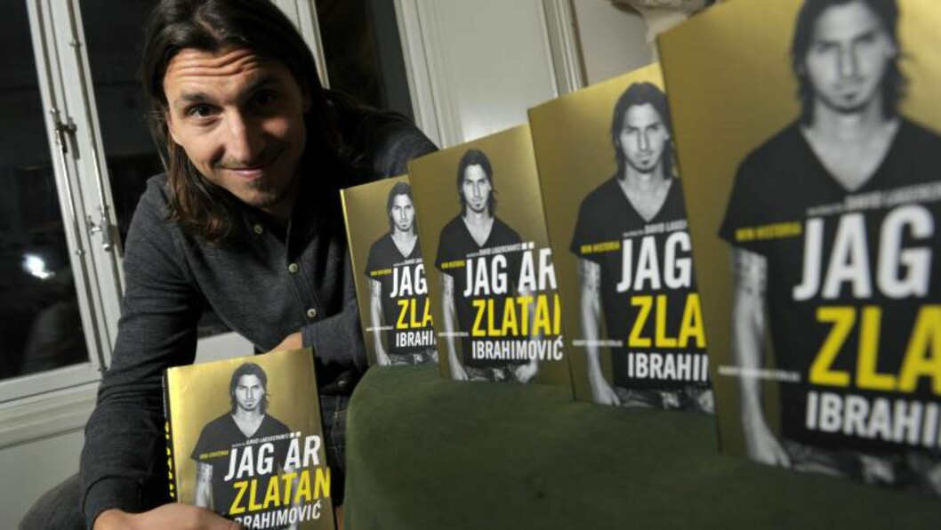 <strong>BESTSELGER:</strong> Biografien til Zlatan har blitt en bestselger både i Norge og Sverige. Tydeligvis har også Kristin Halvorsen kommet seg gjemmom superstjernens liv. Foto: JANERIK HENRIKSSON / Scanpix