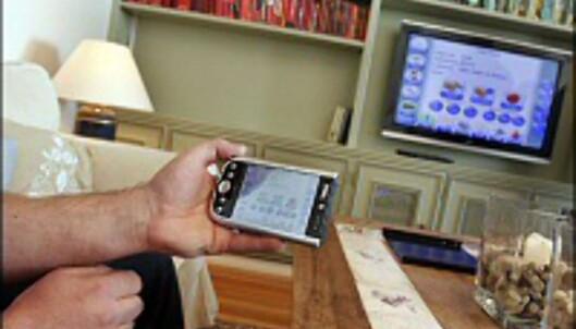 Har du ikke kjøpt flatTV ennå er sjansen stor for at du gjør det i 2007. <i>Foto: Per Ervland</i>