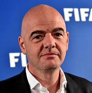 FORSVARES: Kjetil Siem synes det er hårreisende at Josimar mistenkeliggjør FIFA-president Gianni Infantino. Foto: AFP PHOTO / ALBERTO PIZZOLI